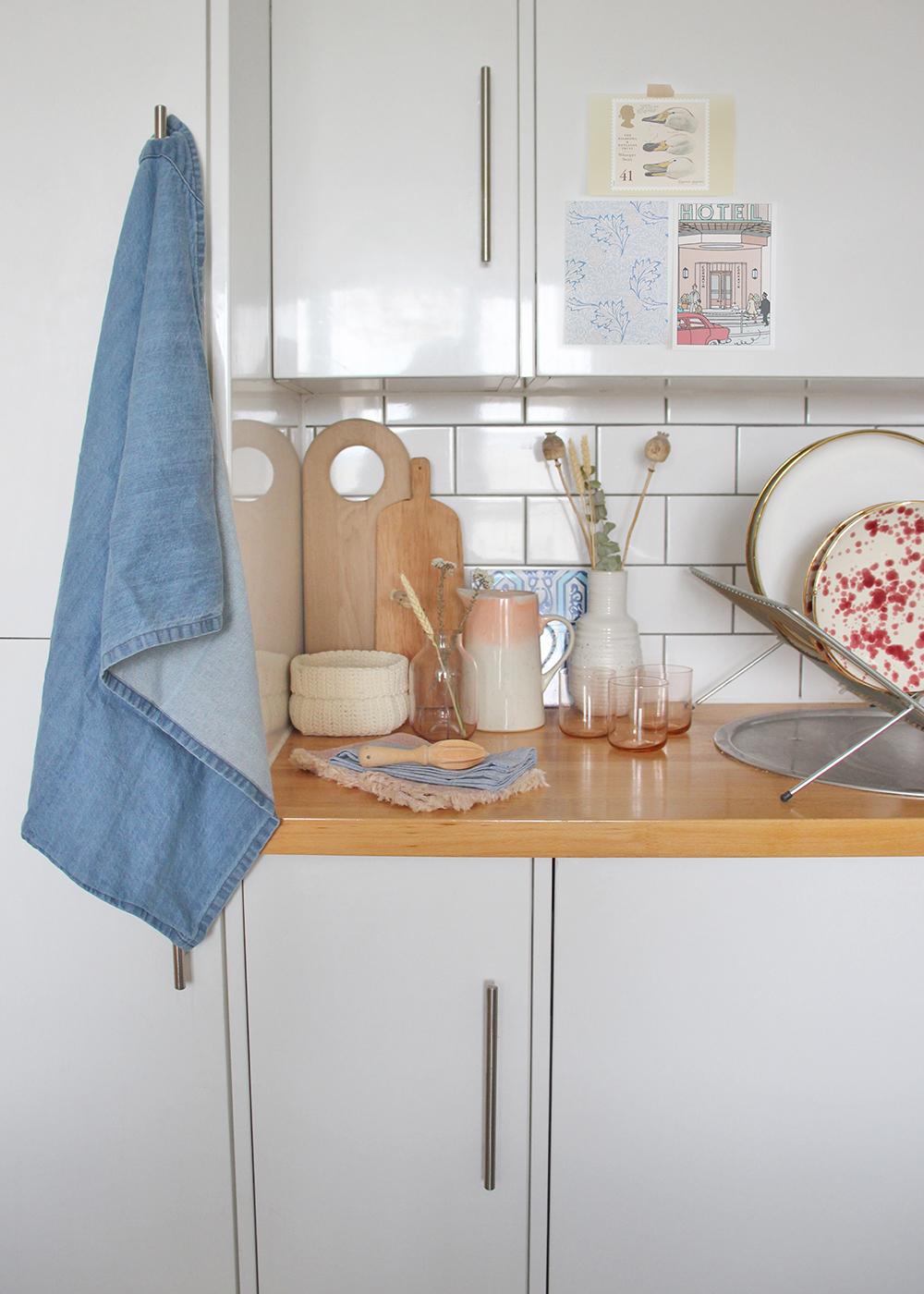 Nancy-straughan-new-build-modern-kitchen-interior-styling.jpg