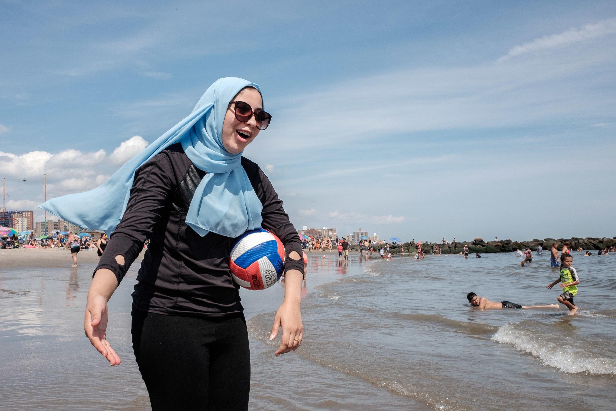 hijabsoccer.jpg