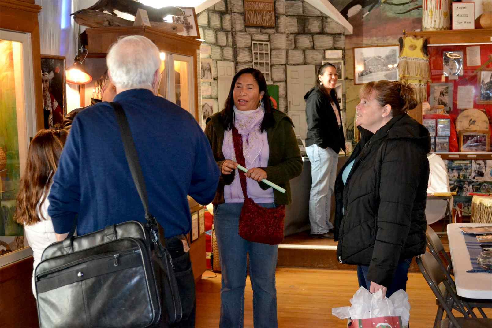 Museum_Visitors_2.jpg