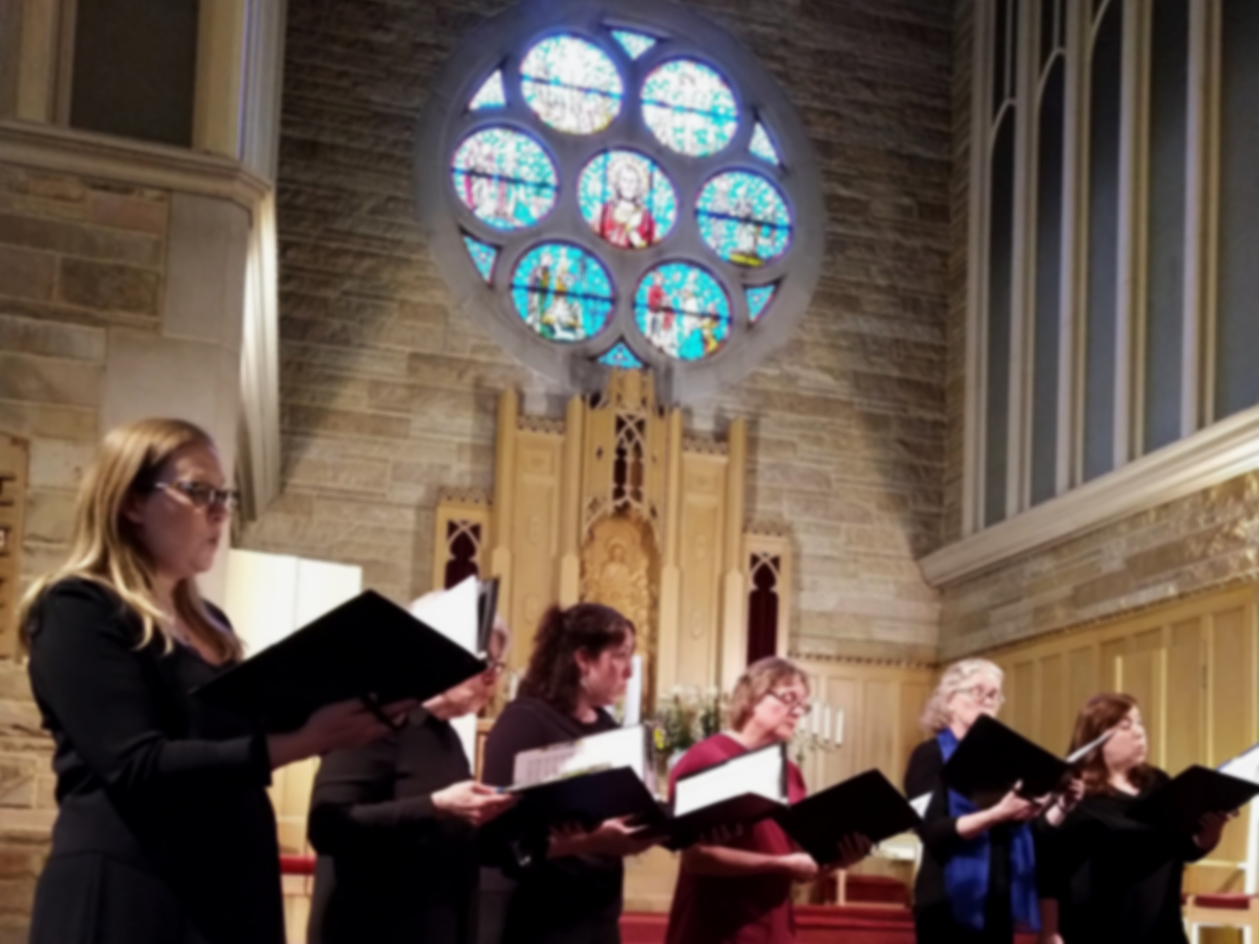 Rehearsals - Lux Cantorum Chicago rehearses Monday nights from 7:30pm-9:30pm in Portage Park. Our season typically runs from September to May with a concerts spanning two weekends in December and May.