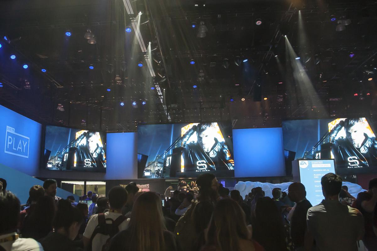 E3_2016-4015.jpg