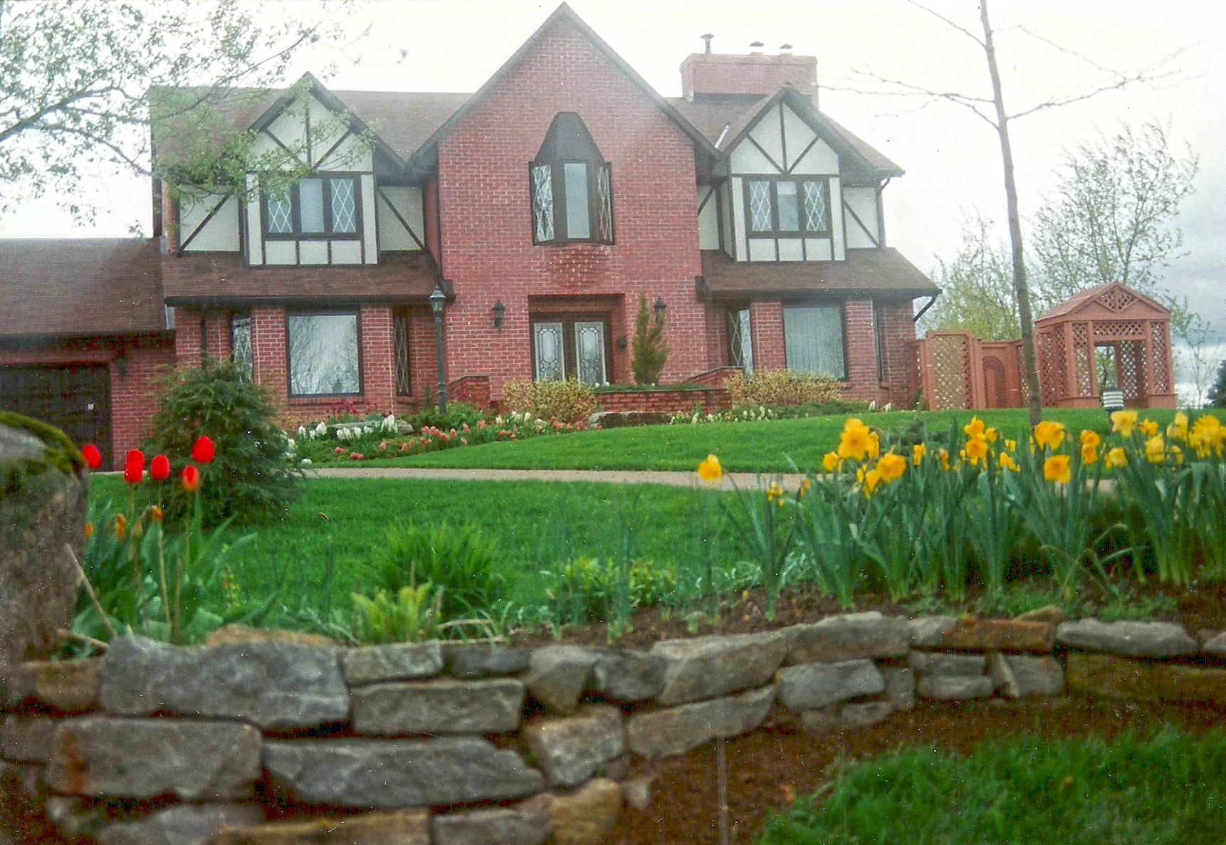 Tulip Garden | Riverview Design Solutions