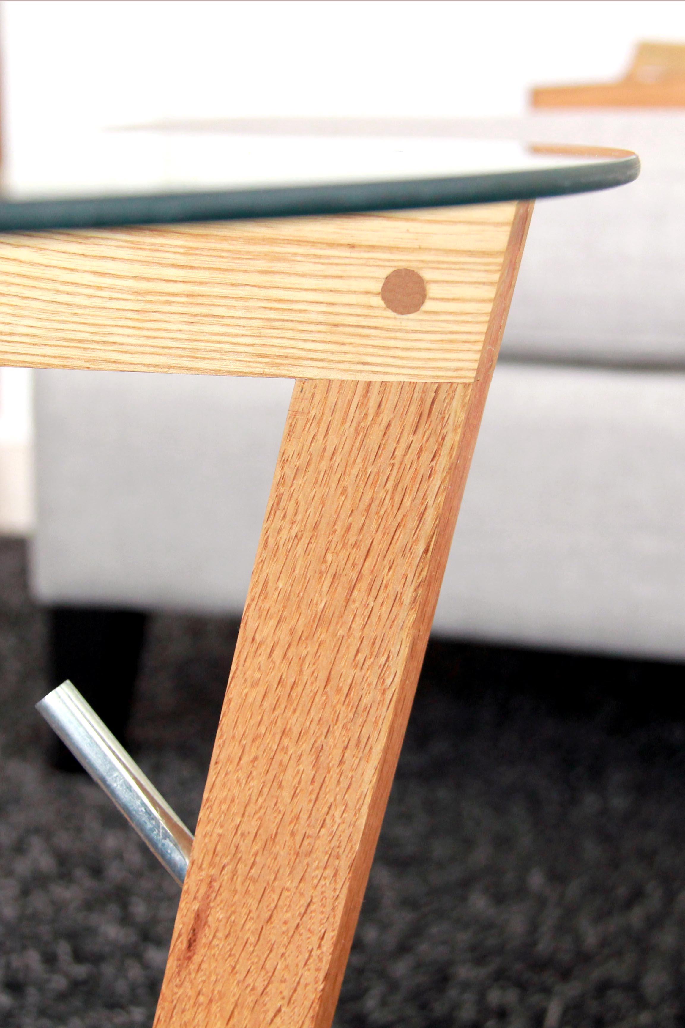 Riverview Design Solutions - Mid Century Modern Glass Coffee Table - Hammock Detail.jpg