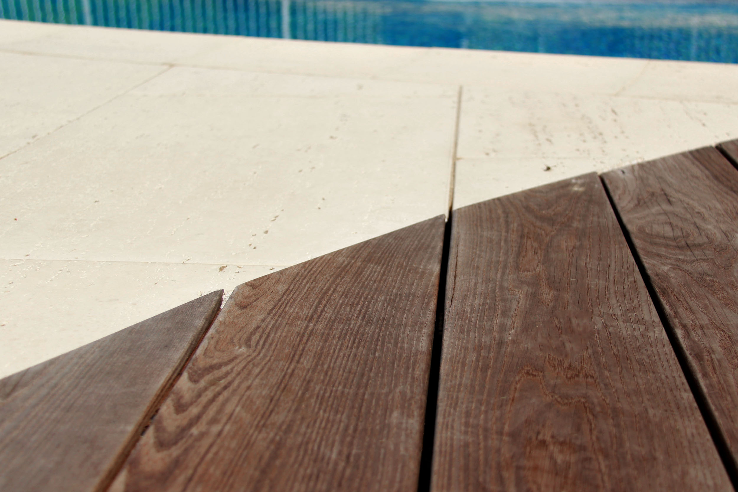 Riverview Design Solutions - Material Details - Thermory Wood - Pool Patio - Landscape Architecture.jpg