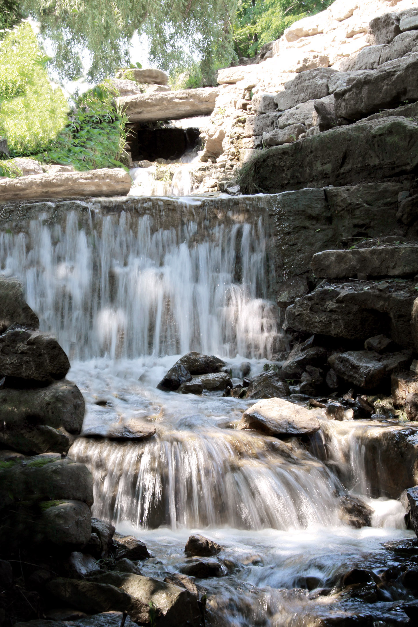 Riverview Design Solutions_Naturalized Waterfall_Brockville.jpg