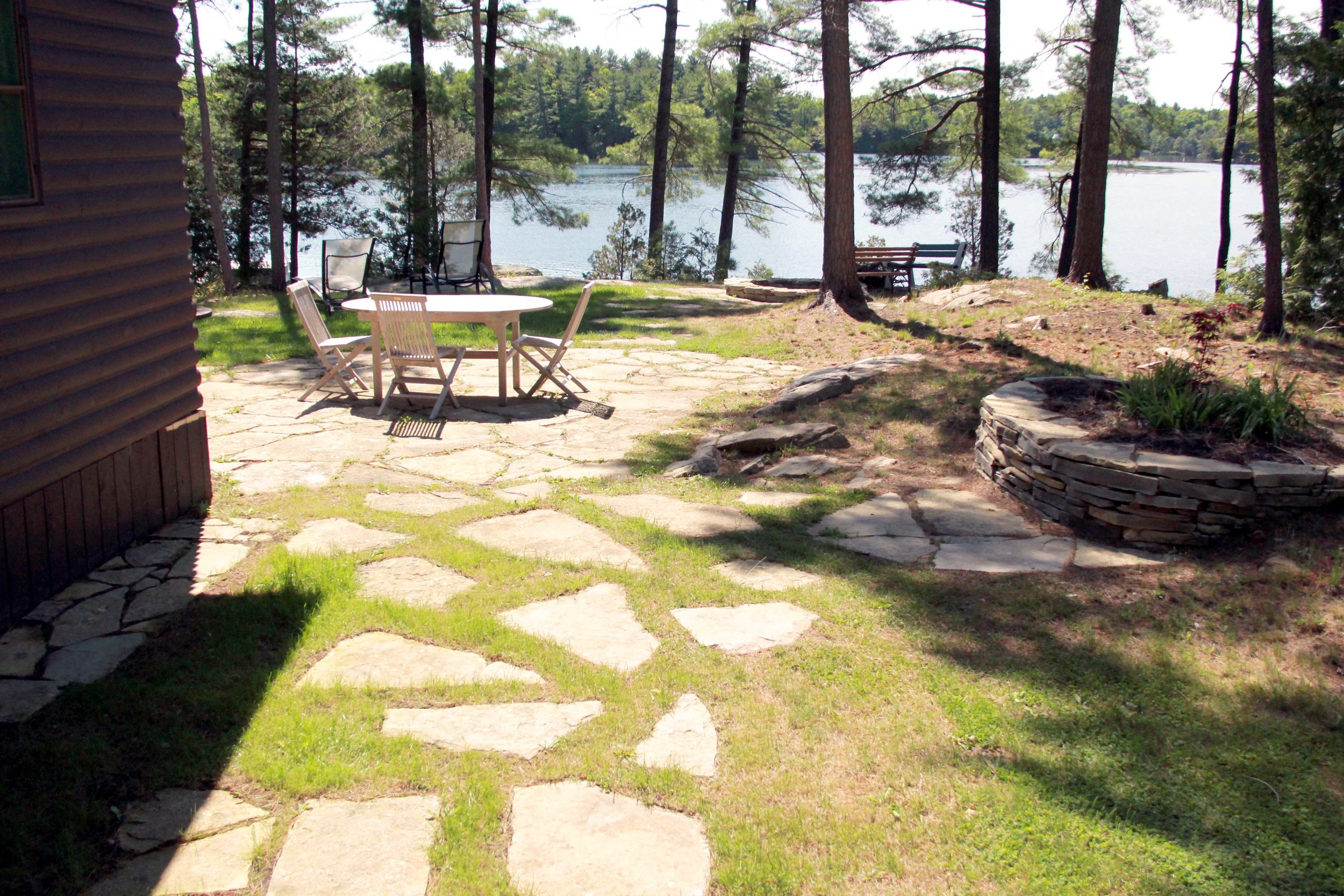 Riverview Design Solutions_Charleston Lake Cottage_Natural Flagstone Patio.jpg