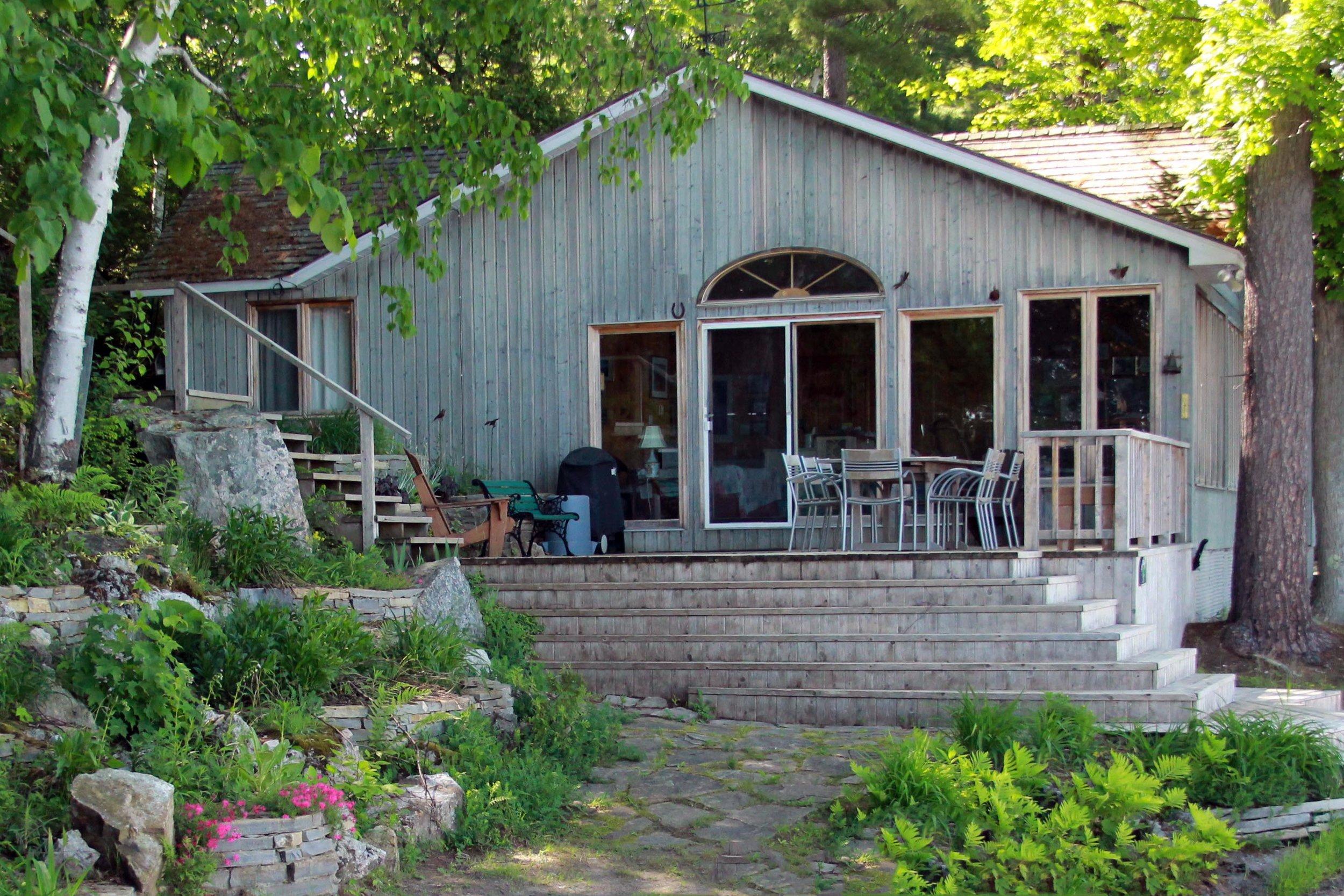 Riverview Landscape_Charleston Lake_Naturalized Cottage.jpg