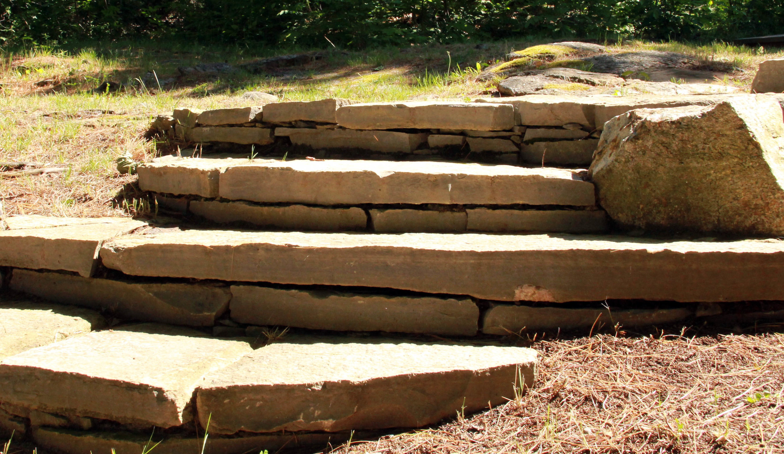 Dry Lay Stone Steps _ Riverview Landscape _ Ontario.jpg