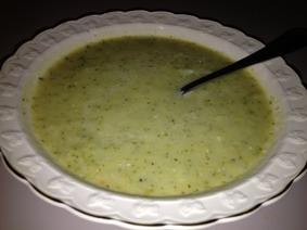 broccli_cheddar_soup.jpeg