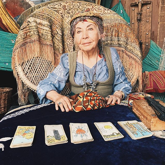 At the Renaissance Faire, got a tarot reading which changed my life. Funny how that works? 🔮 #tarot #psychic #magic