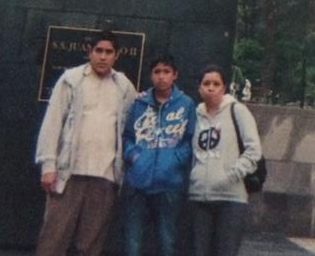 Antonio's brother and parents in Mexico