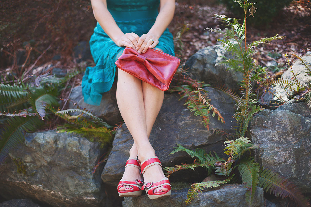 Birch Bow Clutch . red leather . teal stitching & edging . black zipper