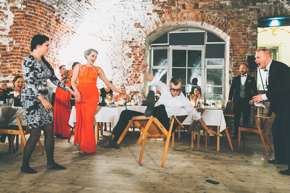 hääkuvaaja_helsinki_suomenlinna_js_disain_jere_satamo_wedding-photographer-finland-58.jpg