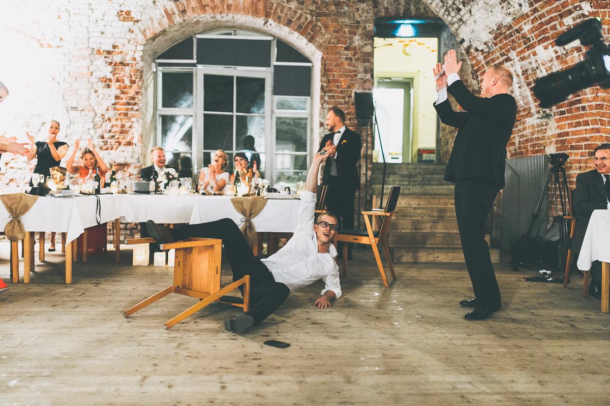 hääkuvaaja_helsinki_suomenlinna_js_disain_jere_satamo_wedding-photographer-finland-59.jpg