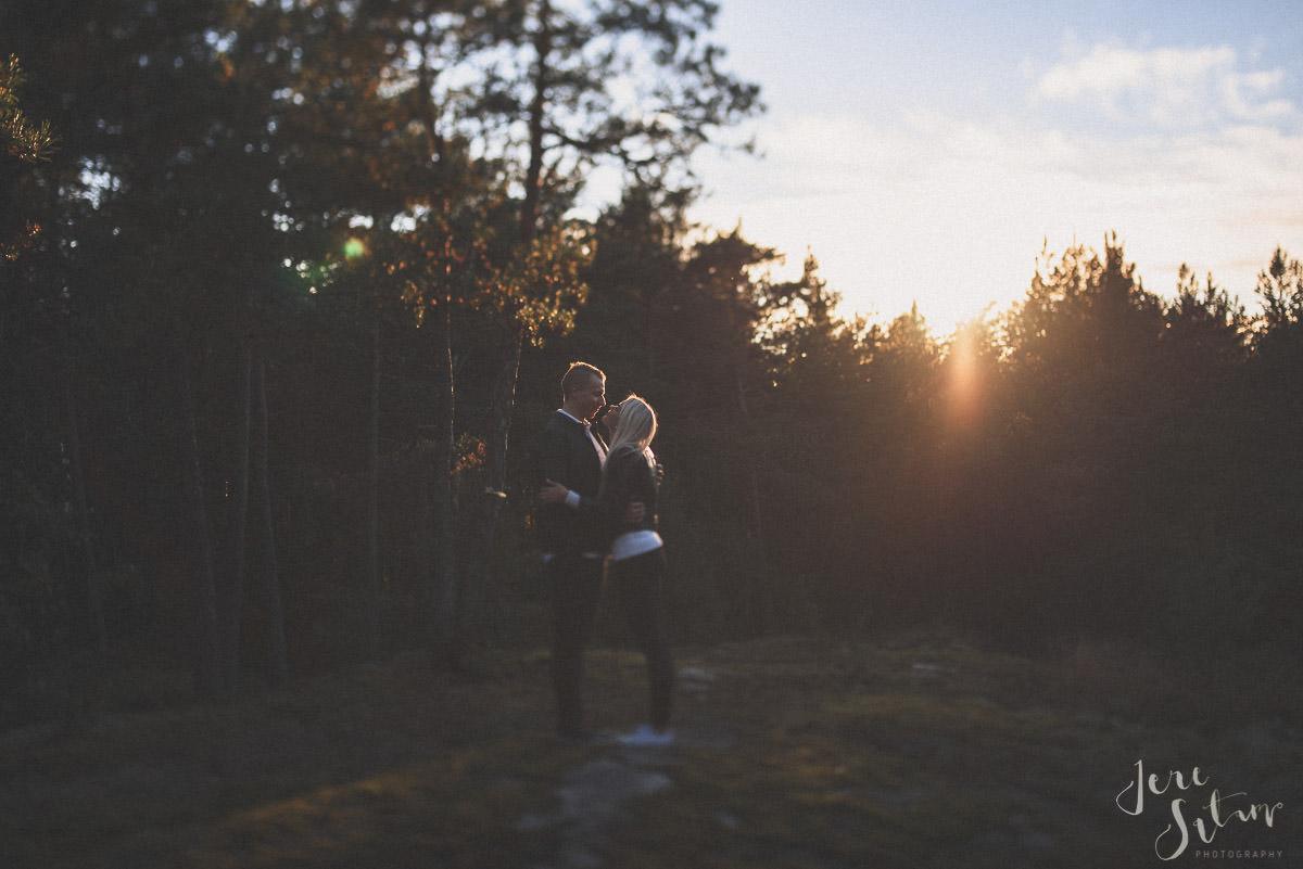 kihlakuvaus-turku_jere-satamo_valokuvaaja-wedding-photographer-026.jpg