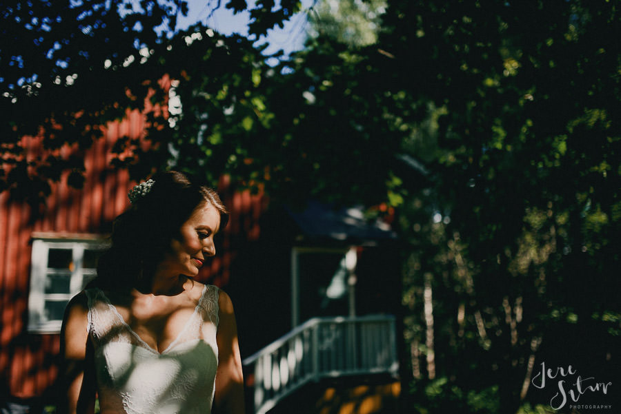 jere-satamo_valokuvaaja-turku_wedding-photographer-finland-mathildedal-valimo-027.jpg
