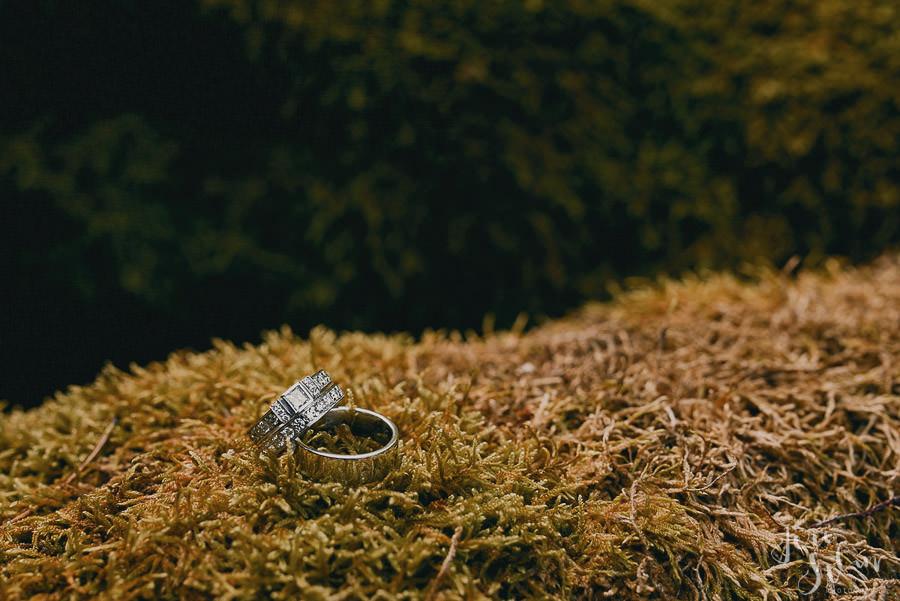 jere-satamo_valokuvaaja-turku_wedding-photographer-finland-mathildedal-valimo-030.jpg
