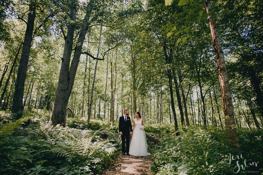 jere-satamo_valokuvaaja-turku_wedding-photographer-finland-mathildedal-valimo-043.jpg