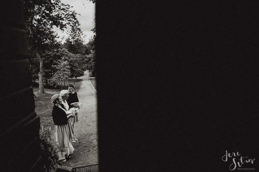 jere-satamo_valokuvaaja-turku_wedding-photographer-finland-mathildedal-valimo-064.jpg