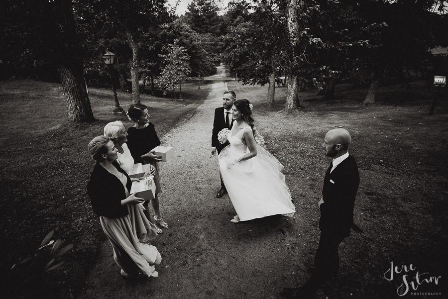 jere-satamo_valokuvaaja-turku_wedding-photographer-finland-mathildedal-valimo-065.jpg