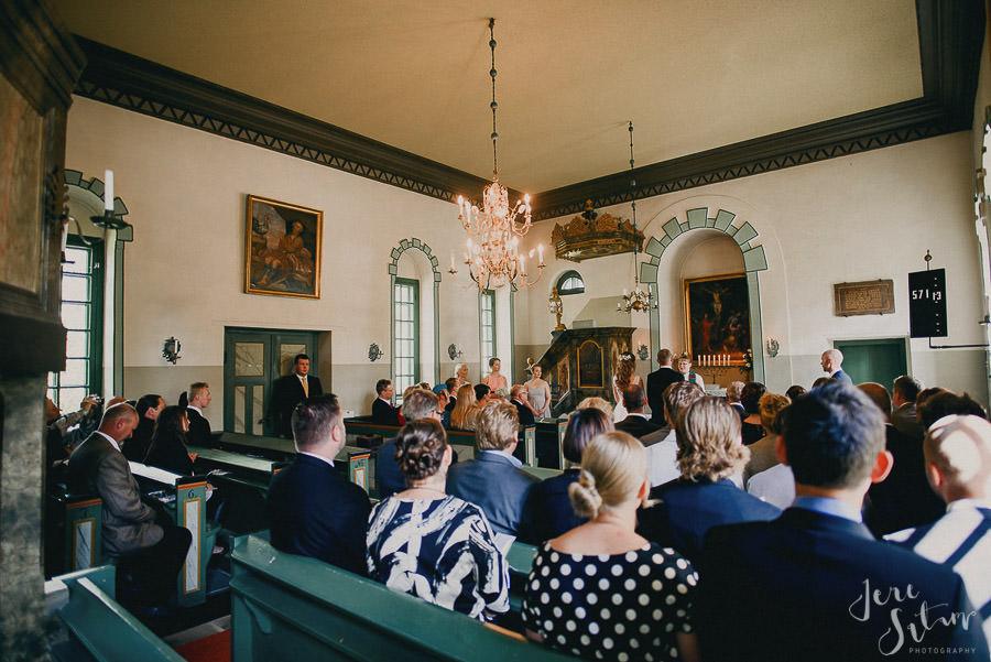 jere-satamo_valokuvaaja-turku_wedding-photographer-finland-mathildedal-valimo-067.jpg