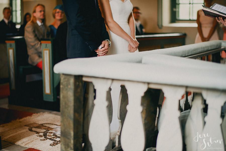 jere-satamo_valokuvaaja-turku_wedding-photographer-finland-mathildedal-valimo-070.jpg