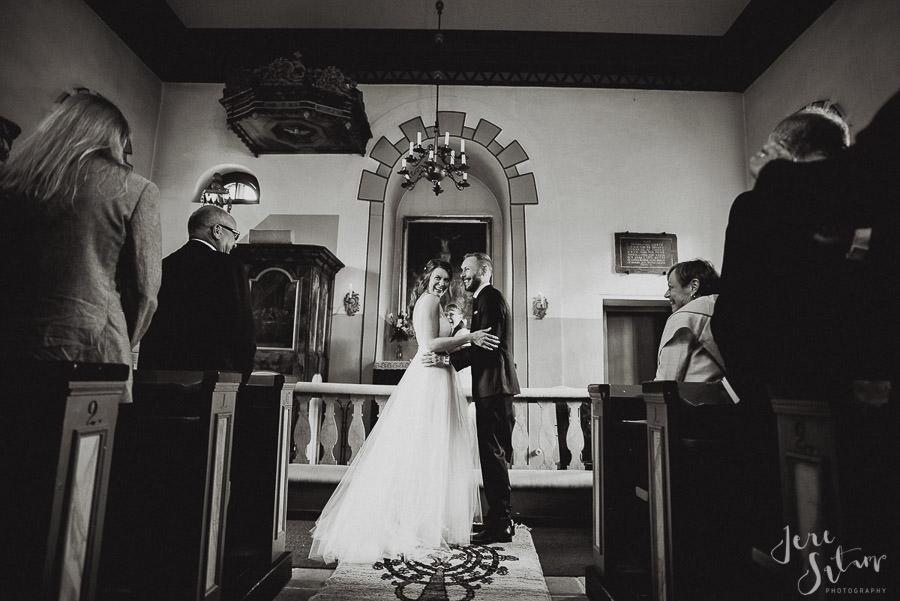 jere-satamo_valokuvaaja-turku_wedding-photographer-finland-mathildedal-valimo-072.jpg