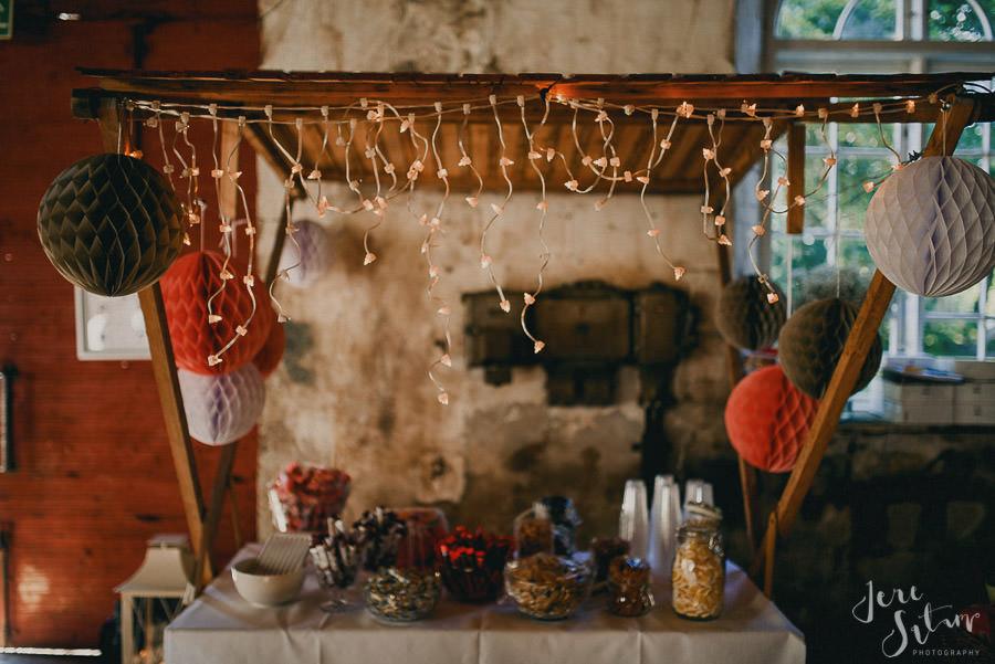 jere-satamo_valokuvaaja-turku_wedding-photographer-finland-mathildedal-valimo-107.jpg