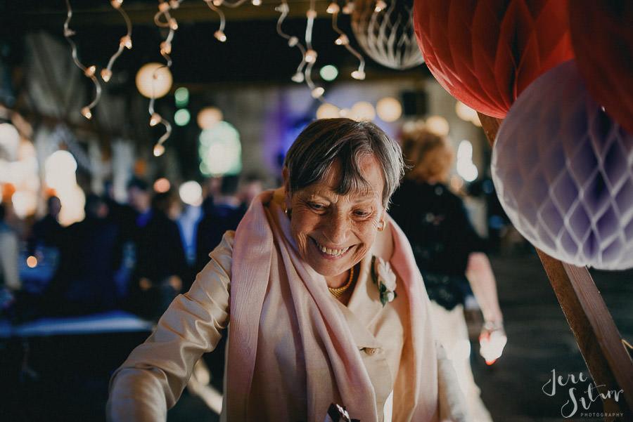 jere-satamo_valokuvaaja-turku_wedding-photographer-finland-mathildedal-valimo-108.jpg