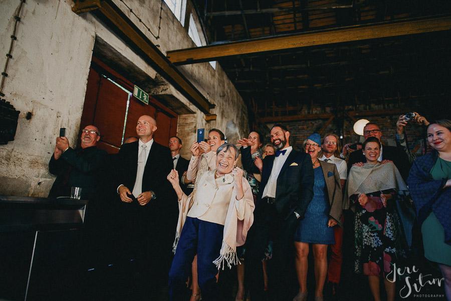 jere-satamo_valokuvaaja-turku_wedding-photographer-finland-mathildedal-valimo-115.jpg