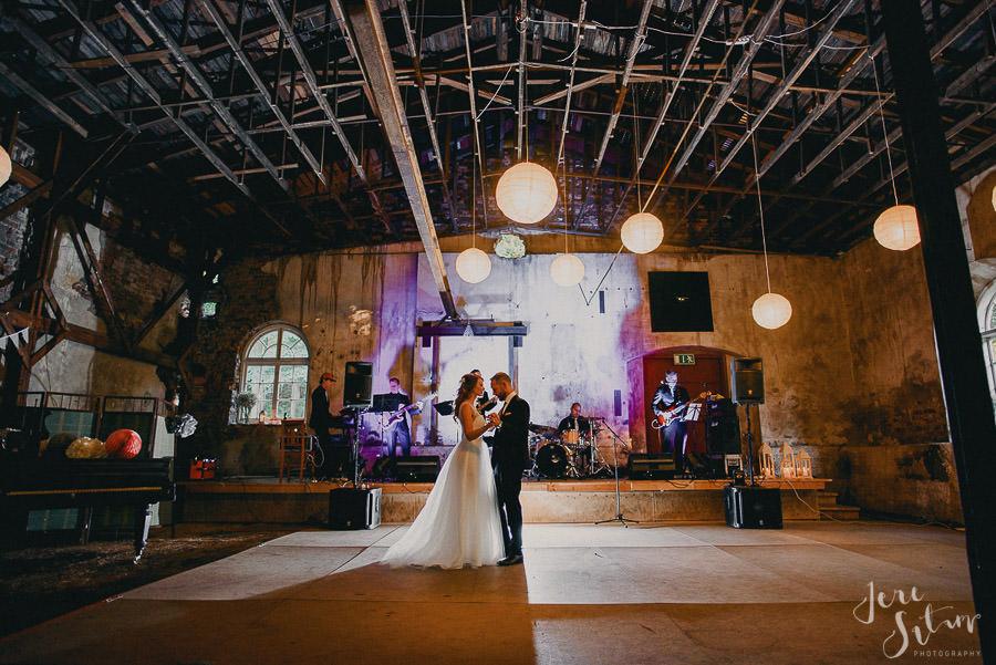jere-satamo_valokuvaaja-turku_wedding-photographer-finland-mathildedal-valimo-118.jpg