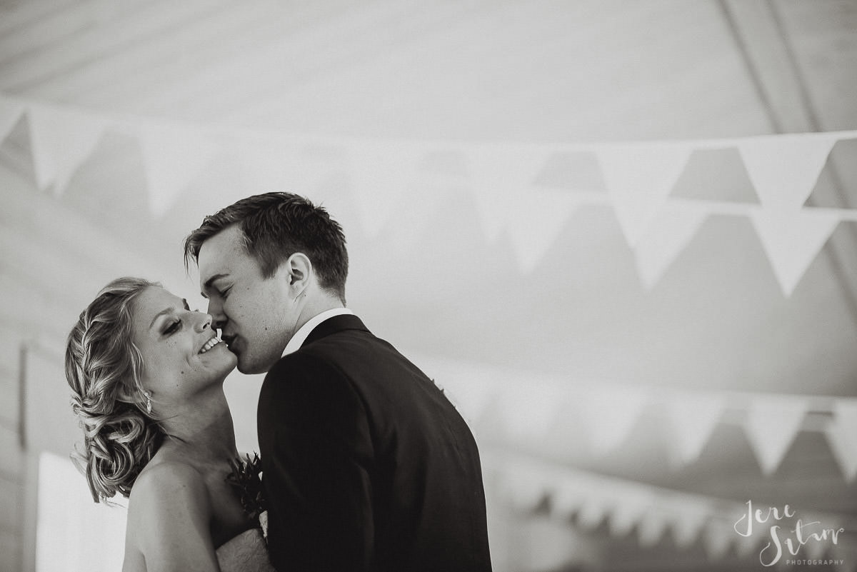 jere-satamo_valokuvaaja-turku-helsinki-wedding-photographer-067.jpg