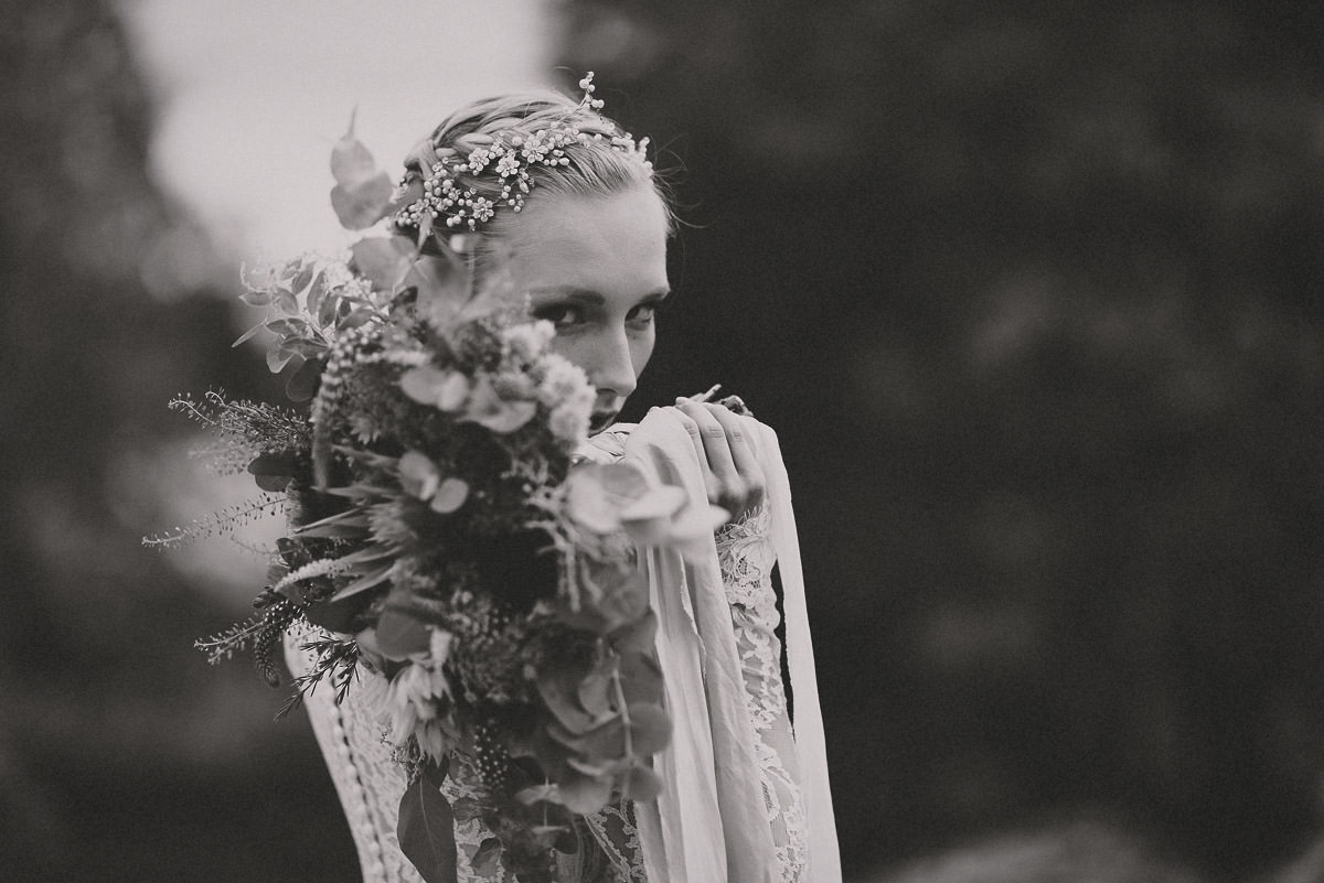 jere-satamo-valokuvaaja-turku-wedding-photographer_styled-017-print.jpg