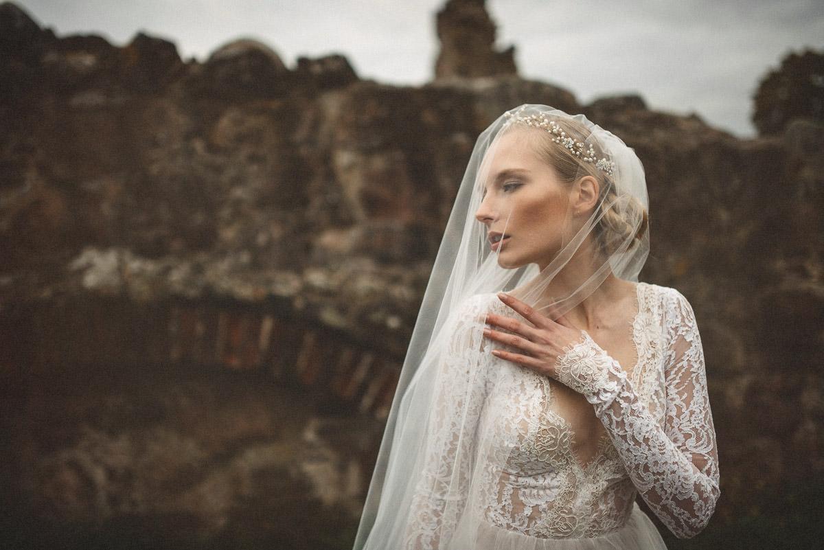 jere-satamo-valokuvaaja-turku-wedding-photographer_styled-026-print.jpg