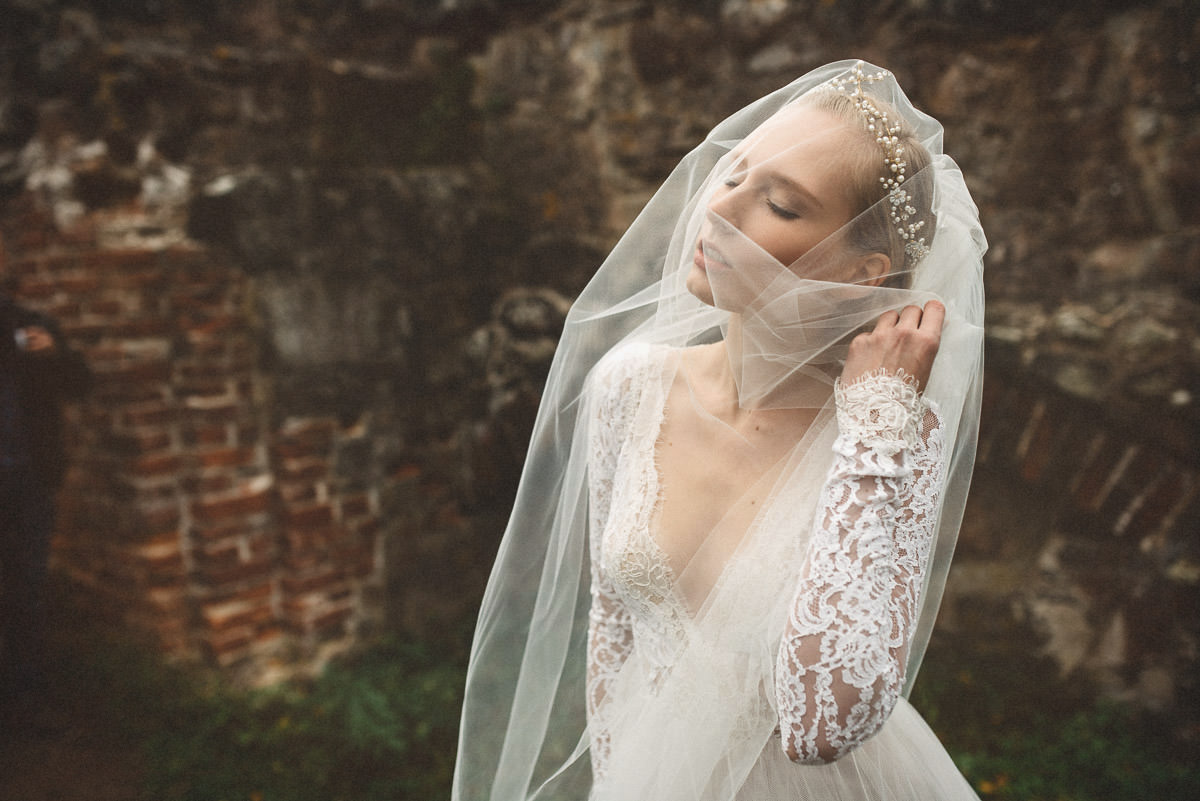 jere-satamo-valokuvaaja-turku-wedding-photographer_styled-028-print.jpg