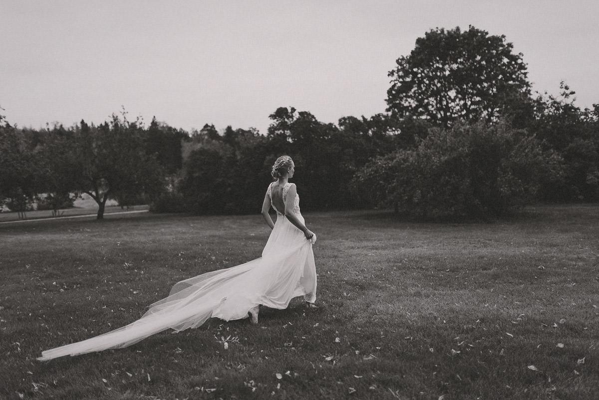 jere-satamo-valokuvaaja-turku-wedding-photographer_styled-071-print.jpg