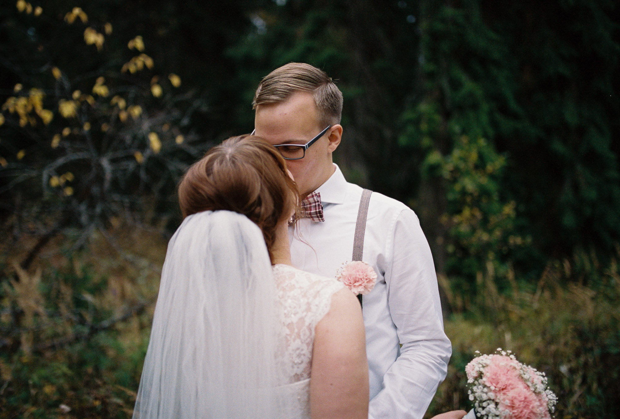jere-satamo-analog-film-wedding-photographer-finland-073.jpg