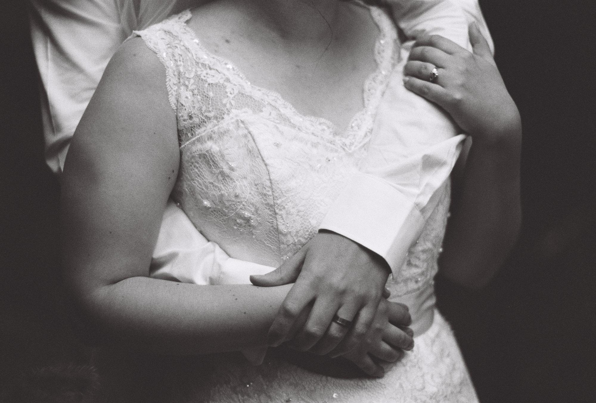 jere-satamo-analog-film-wedding-photographer-finland-090.jpg