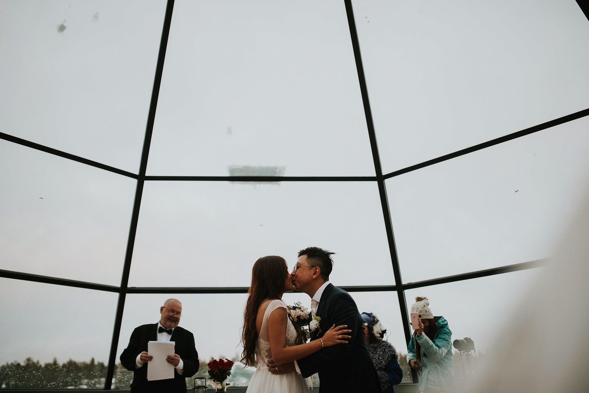 levi-ice-chapel-weddings-lapland-finland-photographer-jere-satamo-017-blog.jpg