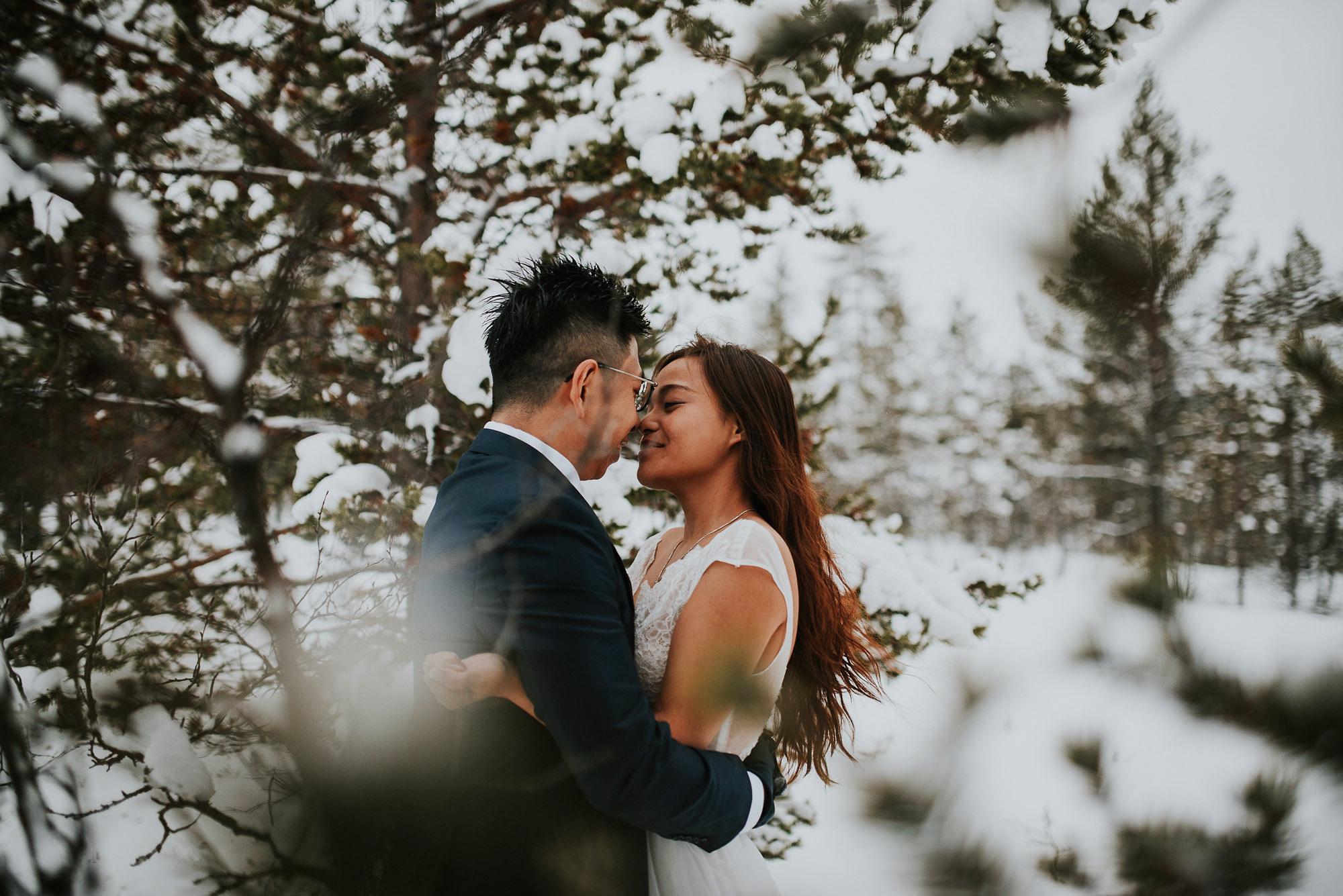 levi-ice-chapel-weddings-lapland-finland-photographer-jere-satamo-026-blog.jpg
