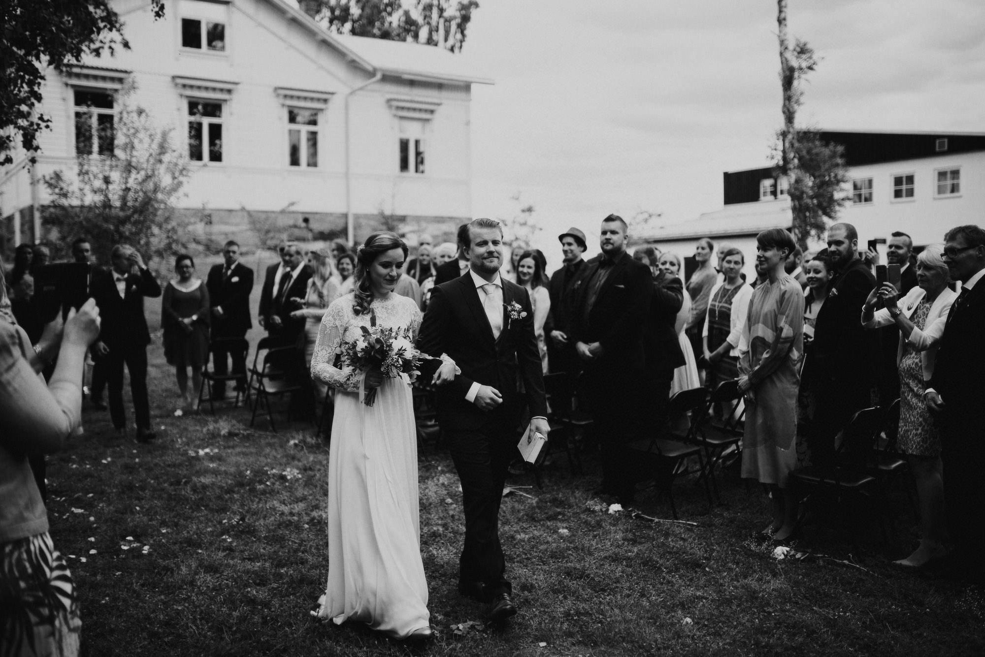 veistamo-haat-jere_satamo-ruissalo-weddings-047.jpg