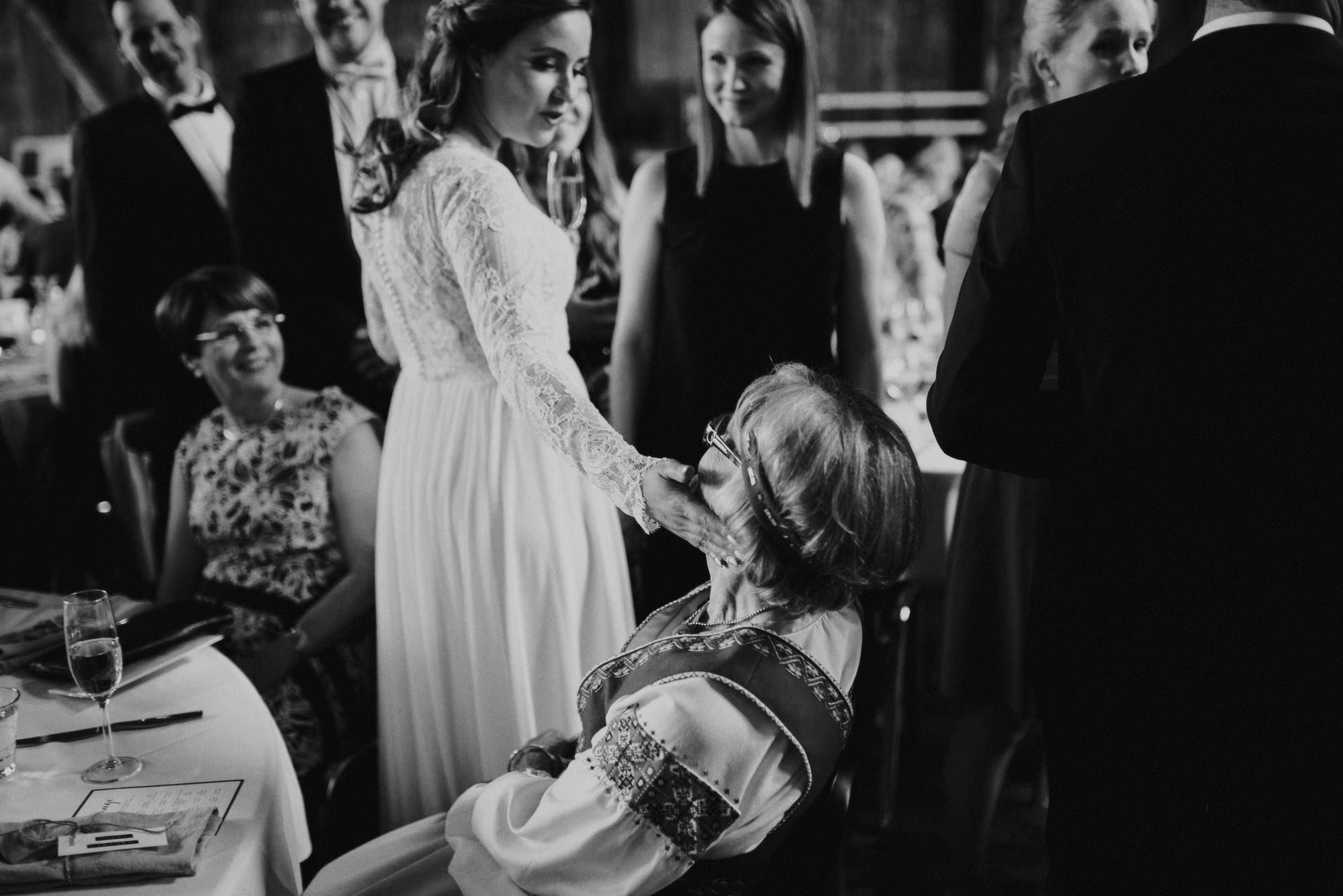 veistamo-haat-jere_satamo-ruissalo-weddings-062.jpg