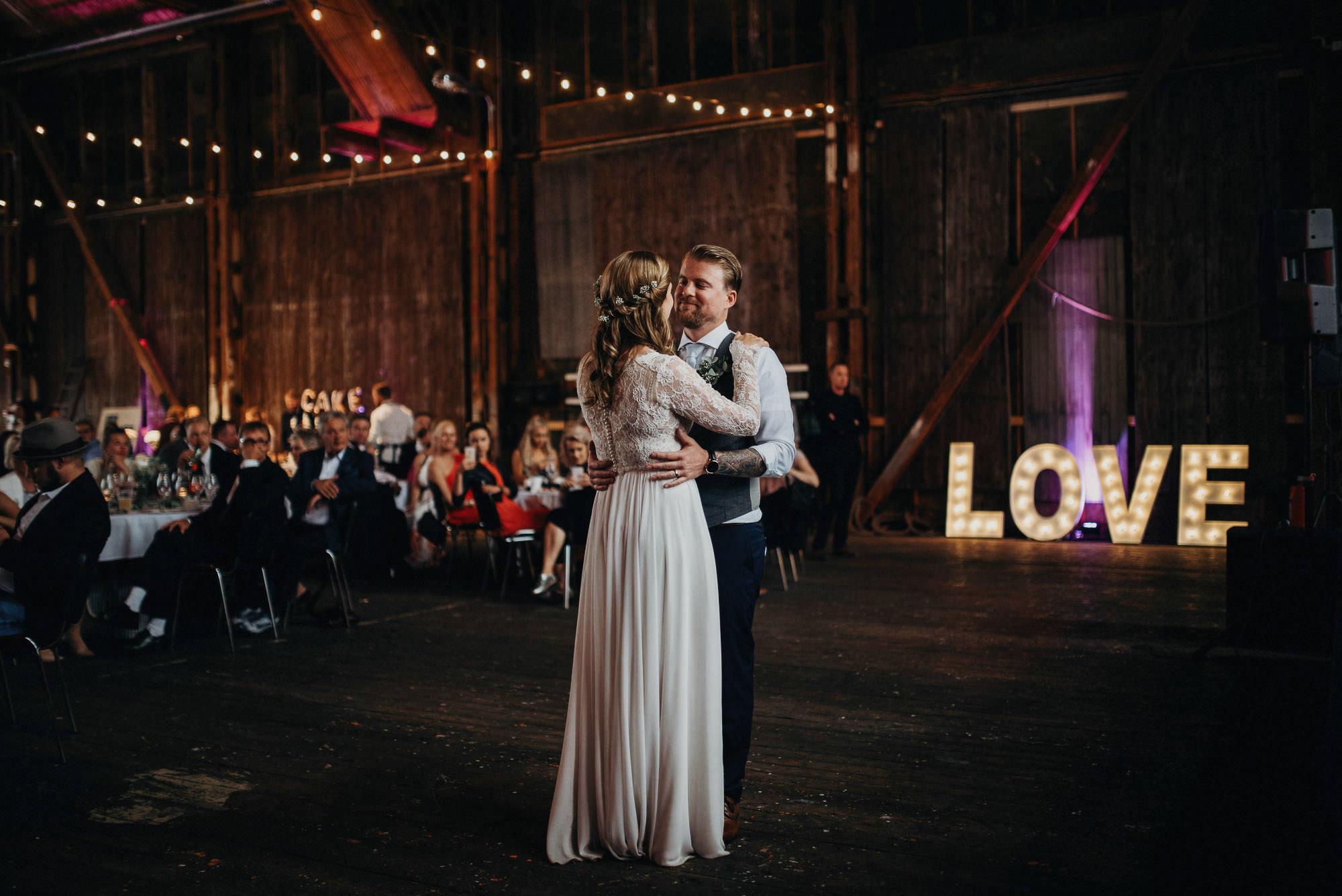 veistamo-haat-jere_satamo-ruissalo-weddings-081.jpg