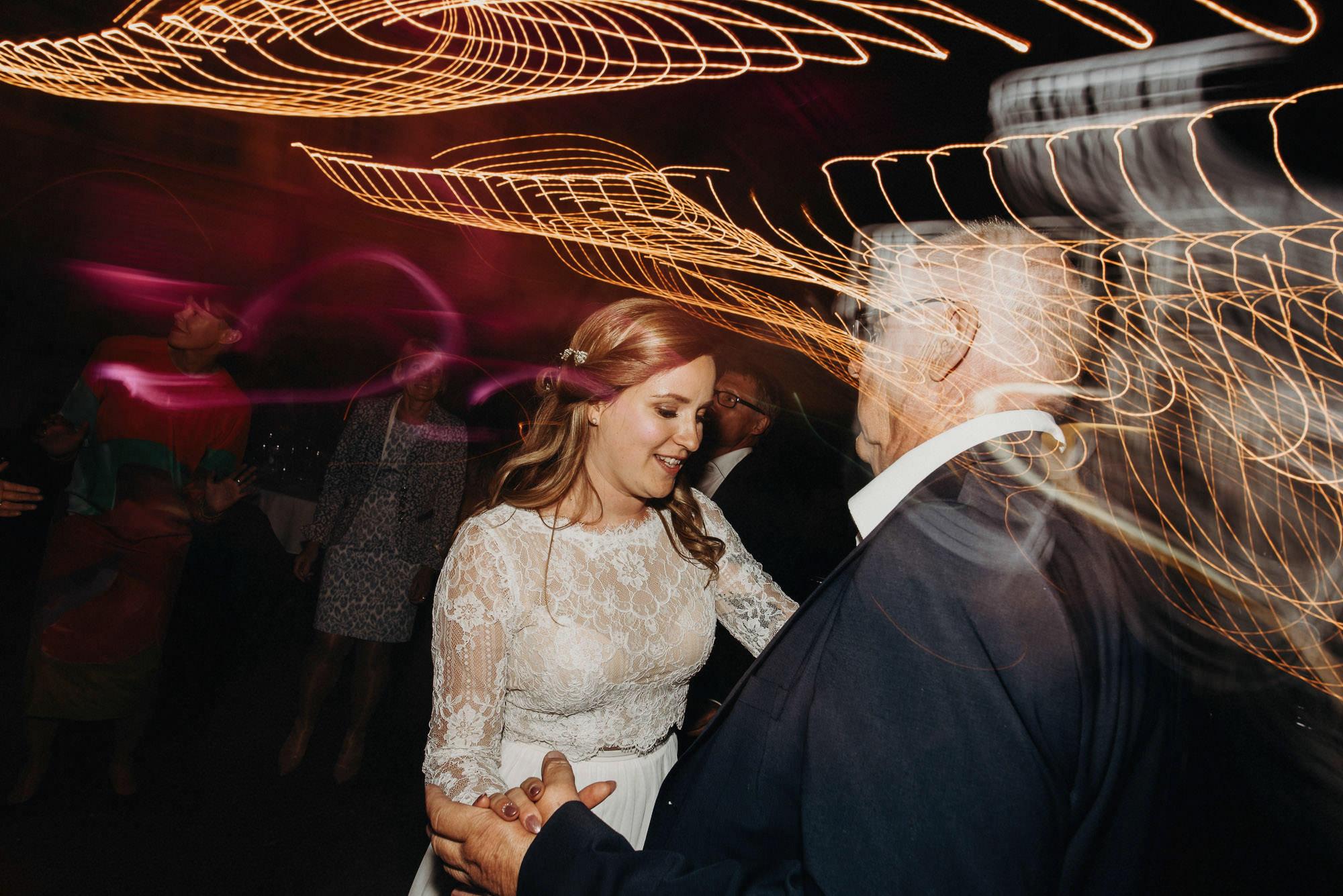 veistamo-haat-jere_satamo-ruissalo-weddings-092.jpg