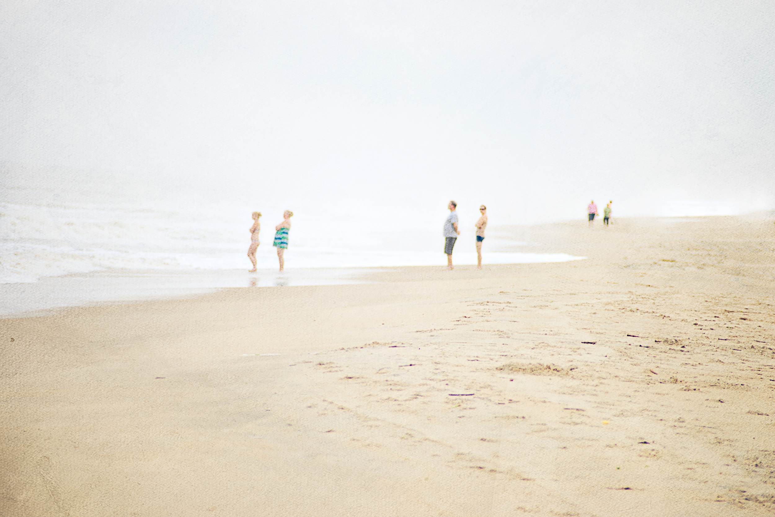 2015Jun30 - 09Four People Looking At Ocean-2.jpg