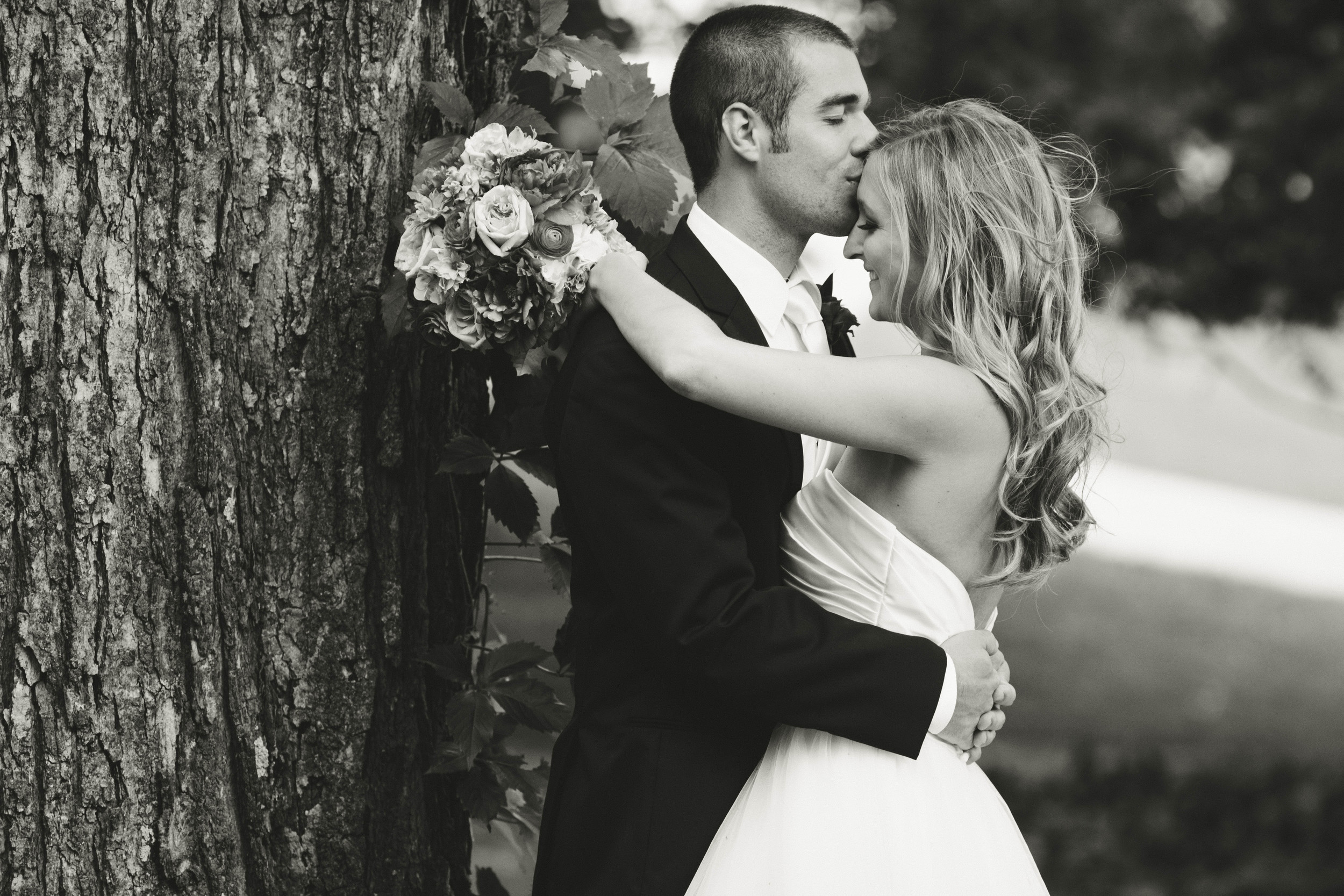 minneapolis wedding photographer - annie & jono-152.jpg
