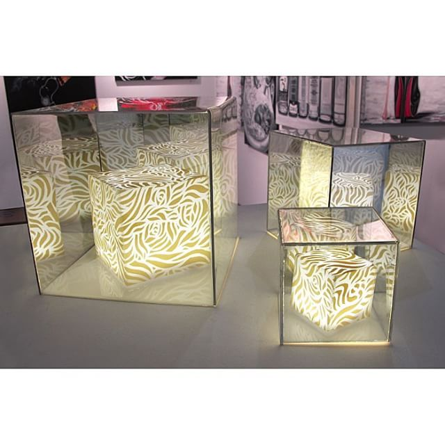 my light installation PARK is on view at @gallerysticksandstones in seattle for the #seattleartfair #lightbox #opart
