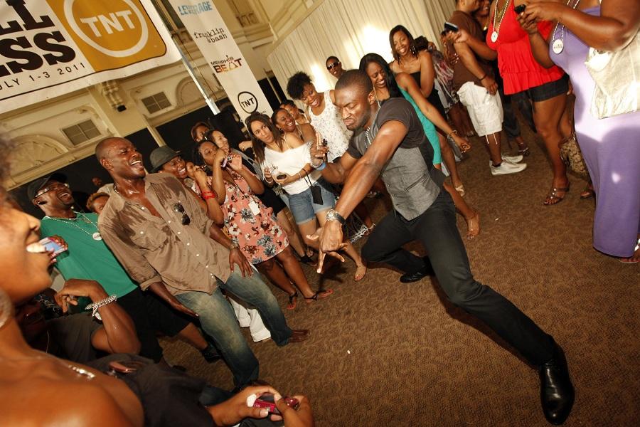 AldisHodge-dances-at-RocktheBlockDayParty.jpg