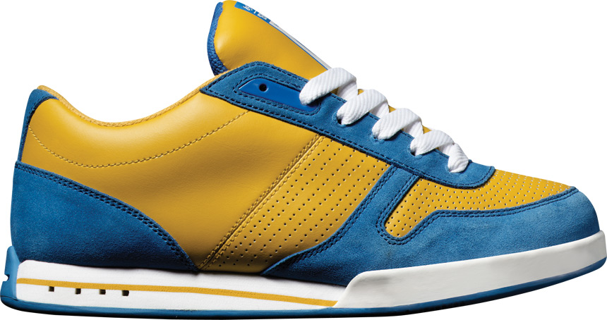 é  S Contract   2003   Okay, forget the foam soles, those have always sucked on skate shoes. I appreciated these mostly for aesthetic reasons, people just looked cool skating these. The burnt yellow & blue colorway was very distinctive at the time, it made these look like a classic running shoe you dug out of your dad's closet.