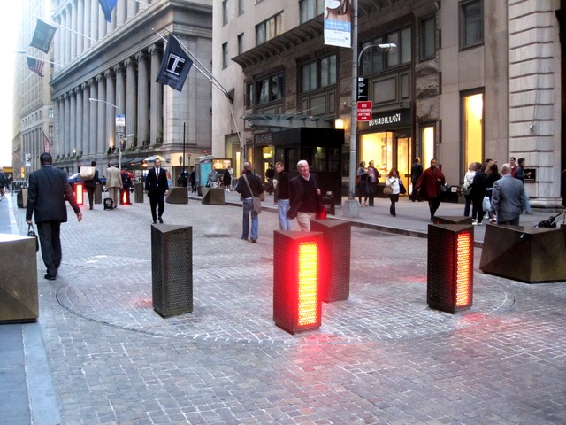 Turntable that restricts car access. Wall Street.
